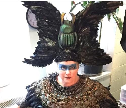 Ahknatan costume (1)