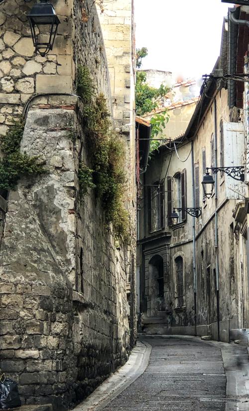 Arles, French la Vie Corey Amaro